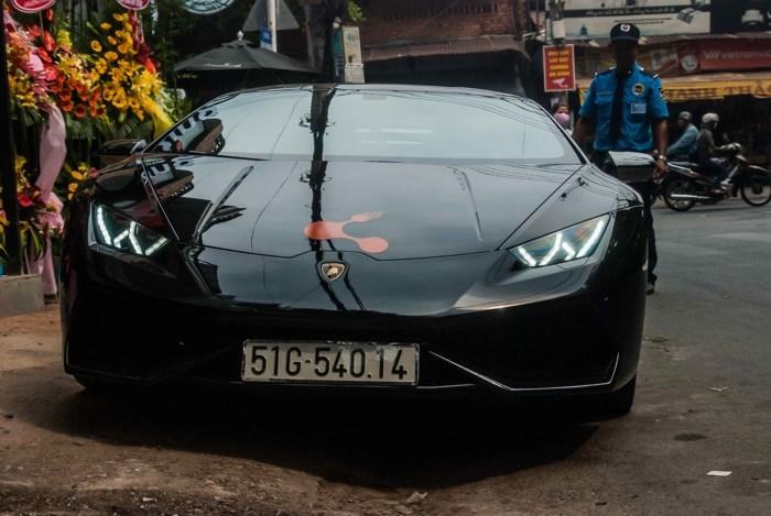 Bắt gặp Lamborghini Huracan 'độc nhất' Việt Nam giá hơn 20 tỷ đồng