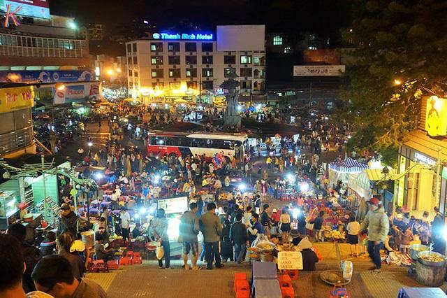chợ âm phủ,chợ đêm