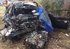 Đấu đầu xe tải, xe con nát bét, 2 người chết tại chỗ