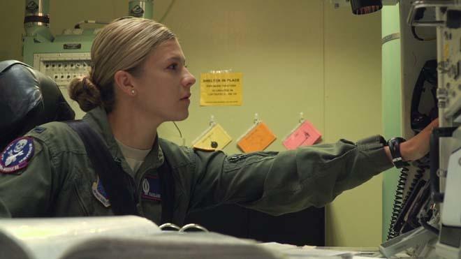 Những nữ binh sĩ Mỹ canh nút phóng tên lửa hạt nhân