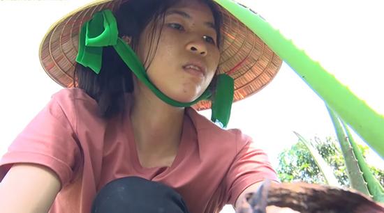 Cuộc sống nghèo khó của nữ sinh thắng 100 triệu Thách thức danh hài