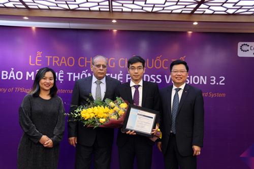TPBank nhận chứng chỉ quốc tế về an toàn thẻ