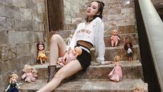 """Chẳng cần """"kéo chân"""" bằng photoshop, đây mới là tuyệt chiêu giúp sao Việt """"ăn gian"""" chiều cao"""