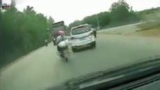 Những tai nạn kinh hoàng do xe máy đi ẩu