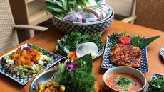 Thưởng thực ẩm thực tiến vua ngày Tết ở Hà Thành