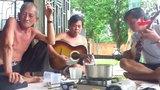 Cười đau ruột với bản nhạc cực chất của dân nhậu miền Tây