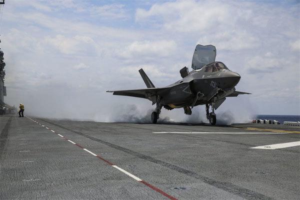 Mỹ điều thêm máy bay ném bom, tàu chiến tới sát Triều Tiên