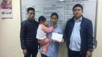 Trao hơn 41 triệu đồng đến bé Phạm Tuấn Đức bị bỏng cồn