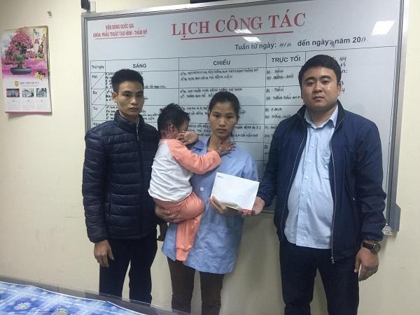 hoàn cảnh khó khăn,từ thiện VietNamNet,trao quà