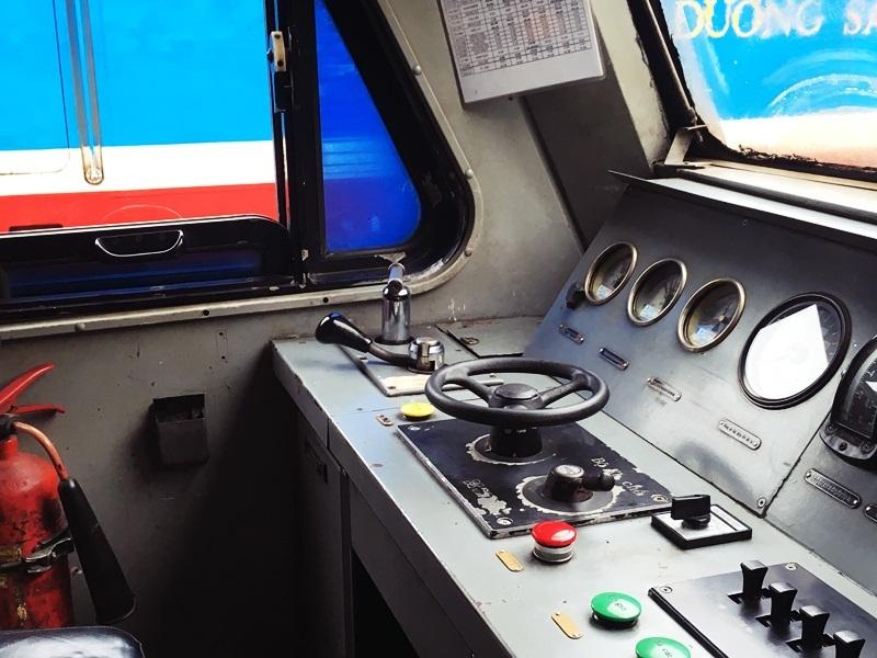 Tàu hỏa, Lái tàu