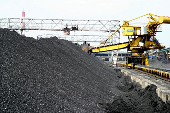 đầu tư công,pvn,doanh nghiệp nhà nước,tập đoàn than,dự án thua lỗ,đầu tư ra nước ngoài