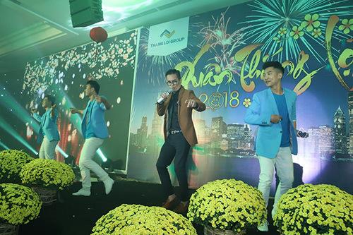 Giọng ca U60 nhảy siêu chất trên sân khấu TP.HCM