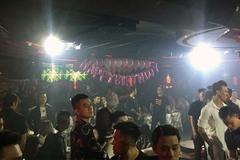 Đột kích quán bar 'chui' ở Sài Gòn, phát hiện nhiều dân chơi ma túy