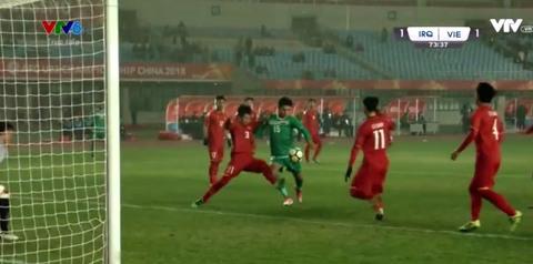 U23 Việt Nam 1-1 U23 Iraq: Phút 73