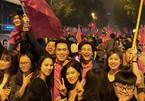 Việt Anh, Ngọc Trinh mừng U23 Việt Nam chiến thắng
