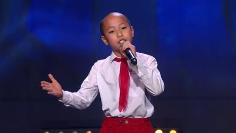 Cậu bé gốc Việt