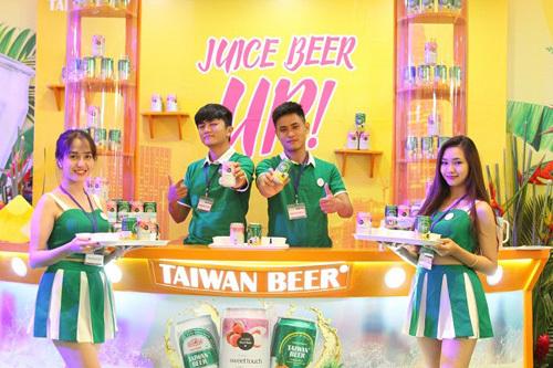 Giới trẻ Sài thành náo nức 'quẩy' lễ hội Juice Beer Up
