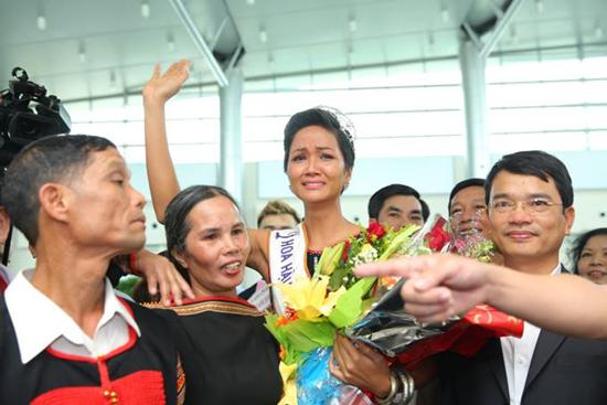 H'hen Niê,Hoa hậu Hoàn vũ Việt Nam,làng sao