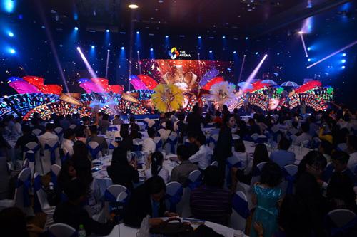 Gần 500 khách hang trải nghiệm 'kì quan 4 mùa' The Arena