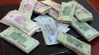 Ham quà 'quân nhân Mỹ', quý bà mất 180 triệu đồng