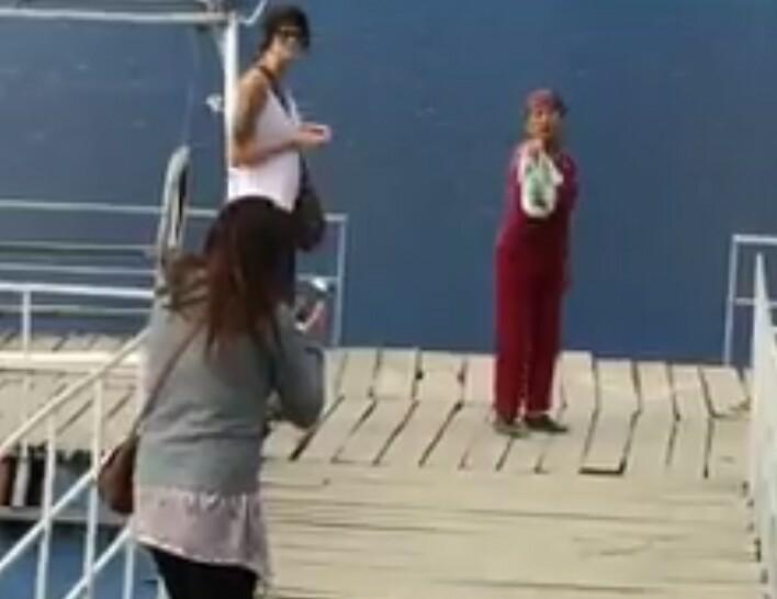 Vào 'Tuyệt tình cốc', nữ du khách Tây bị xua đuổi