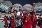 Clip: Người hâm mộ vỡ oà khi U23 Việt Nam gỡ hòa U23 Qatar