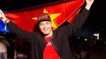 Sao Việt vỡ oà hạnh phúc khi U23 thắng bán kết