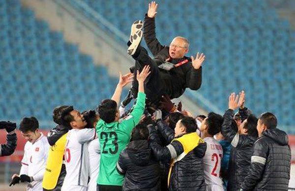 U23 Việt Nam hạ Qatar: Sự ức chế, máu và niềm kiêu hãnh ngút ngàn...