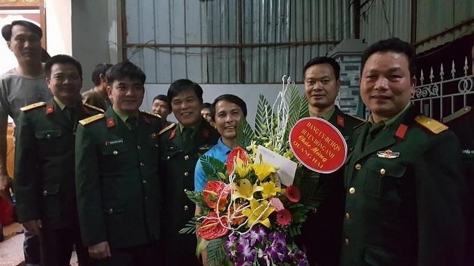 Tuổi thơ nghèo khó và cú sốc lớn trong đời tiền vệ Quang Hải