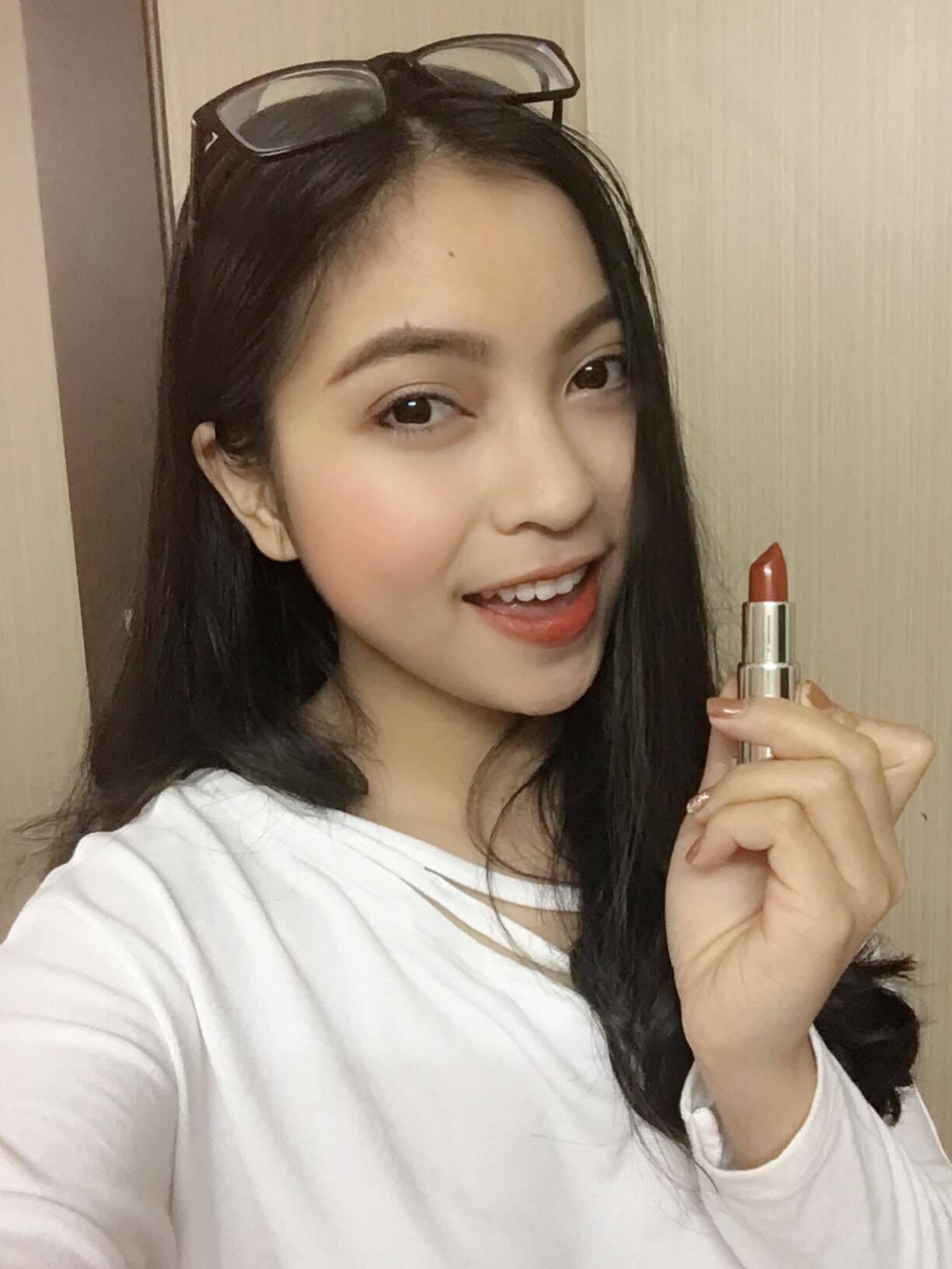 Bạn gái hot girl gửi lời chúc Quang Hải thành công ở trận chung kết