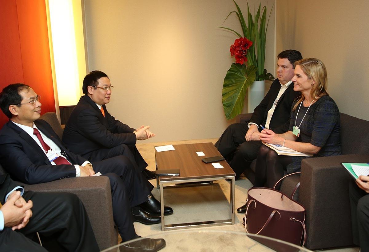 Phó Thủ tướng Vương Đình Huệ dự phiên khai mạc WEF 2018