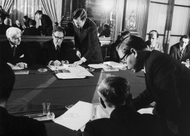 45 năm Hội đàm Paris: Từ tầm nhìn De Gaulle tới các kênh ngầm