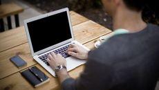 Hai nghề thú vị kiếm tiền online của các bạn trẻ
