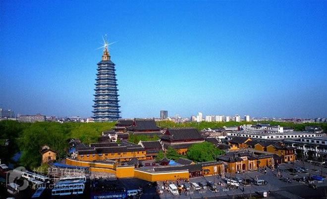 Ngoài xem U23 Việt Nam thi đấu, Thường Châu còn có gì?