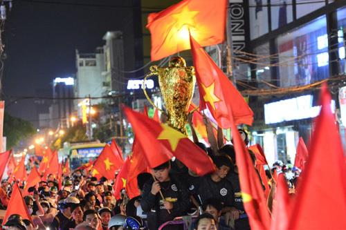 Đặt tour Trung Quốc cổ vũ U23 VN, ưu đãi 2,5 triệu