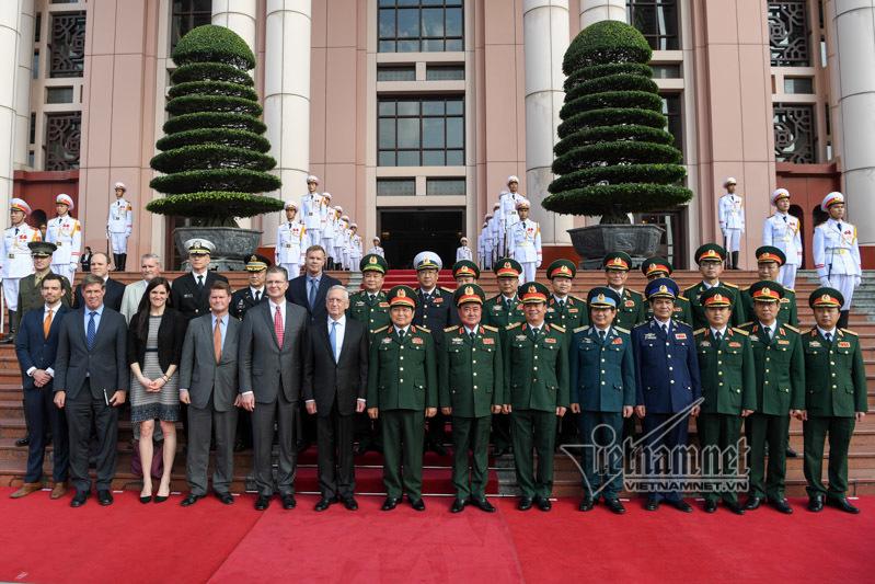 Mỹ, Việt-Mỹ, Hoa Kỳ, Bộ trưởng Quốc phòng, Ngô Xuân Lịch