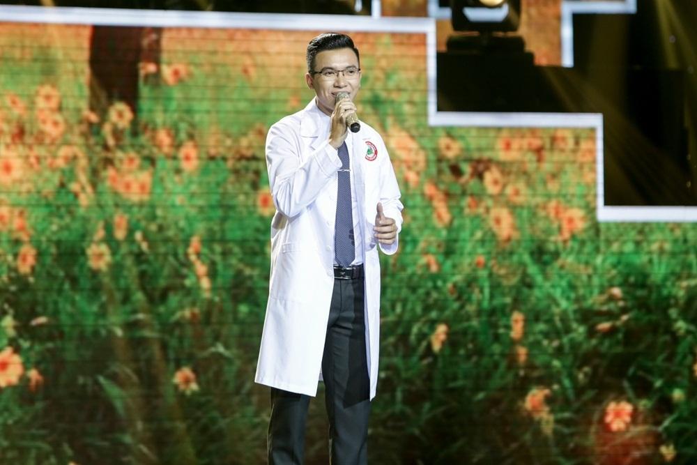 Ca sĩ Như Quỳnh đổ gục trước chàng bác sĩ hát Bolero