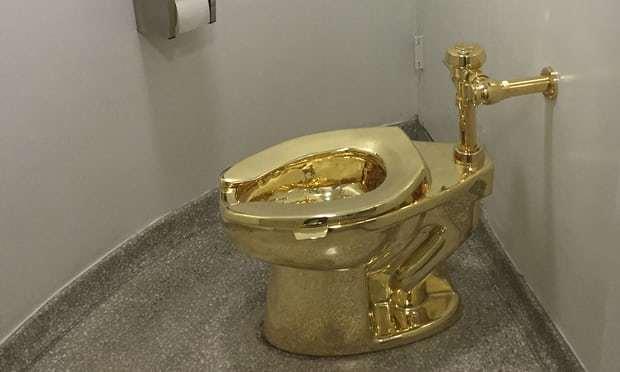Bảo tàng Mỹ cho Nhà Trắng mượn bồn cầu bằng vàng ròng