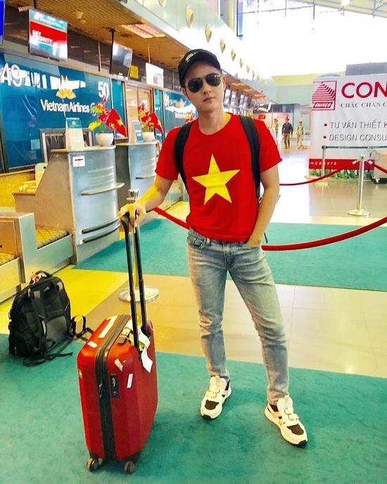 Sao Việt tưng bừng cổ vũ U23 Việt Nam trước trận đấu lịch sử