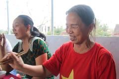 Mong U23 vô địch để bố mẹ tặng trung vệ Tiến Dũng quà vô giá