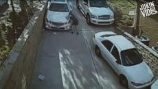 Chỉ vì đậu xe bất cẩn nhận ngay cái kết 'đắng'