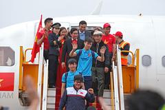 """VietjetAir xin lỗi vì """"sự cố"""" trên máy bay đón U23 Việt Nam"""
