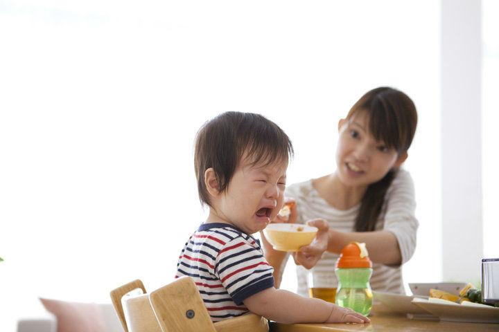 dinh dưỡng cho trẻ, suy dinh dưỡng, chậm tăng cân, ăn dặm,