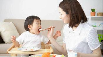 12 sai lầm của mẹ khiến con ăn nhiều vẫn chậm tăng cân
