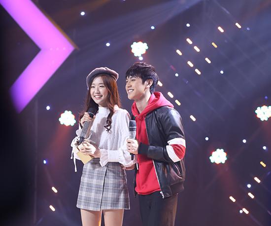 Hotgirl người Hàn Quốc đến Việt Nam thi hát để tìm bạn trai