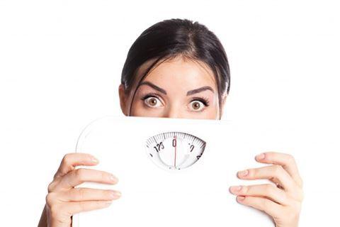 Lý do không thể giảm cân dù ăn rất ít