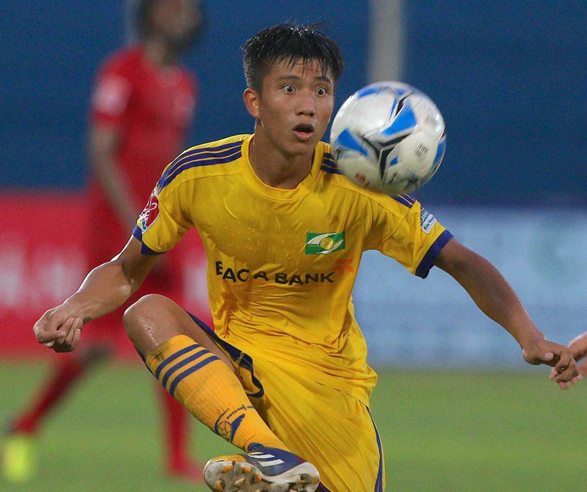 Gia cảnh khó khăn của các cầu thủ U23 khiến người hâm mộ thắt lòng
