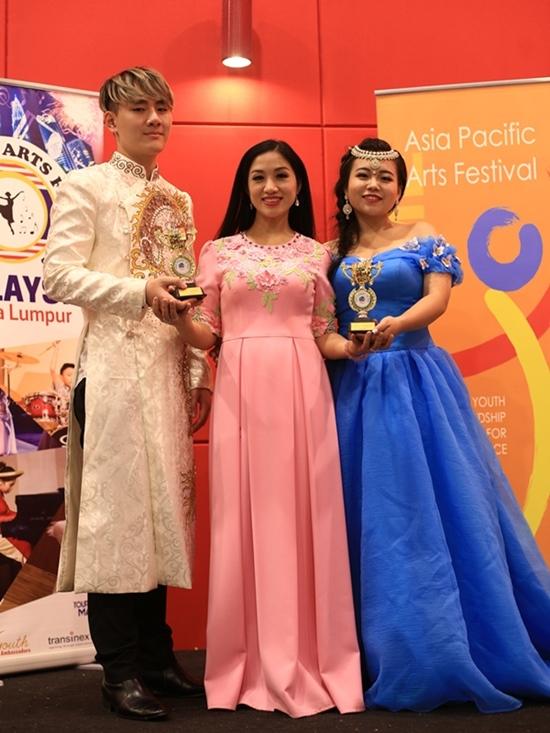 Giọng ca 9X giành giải Vàng tại Liên hoan nghệ thuật châu Á