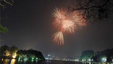 Hà Nội: Bắn pháo hoa tại 32 điểm đêm Giao thừa