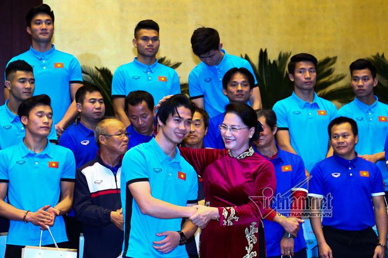 U23 Việt Nam, HLV Park Hang Seo, Nguyễn Quang Hải, Bùi Tiến Dũng, Nguyễn Thị Kim Ngân